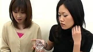 Spitting Amateur Japanese Girls